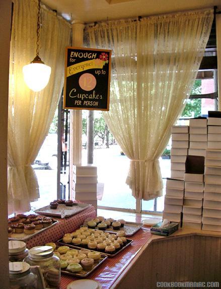 Famous Magnolia Bakery